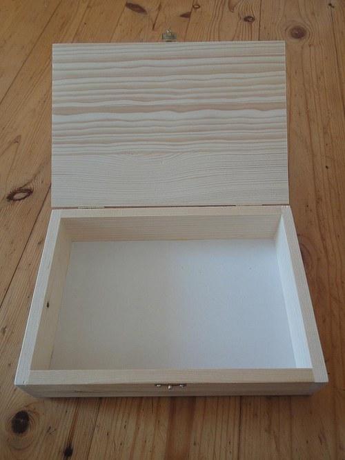 Dřevěná krabička bez přihrádek