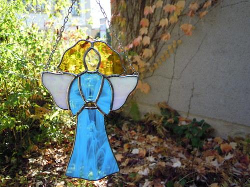 Andělský strážce v blankytu
