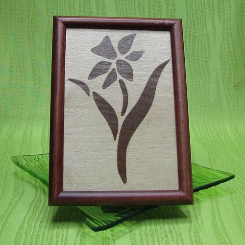 Intarzie - narcis světlý - dřevěný obrázek