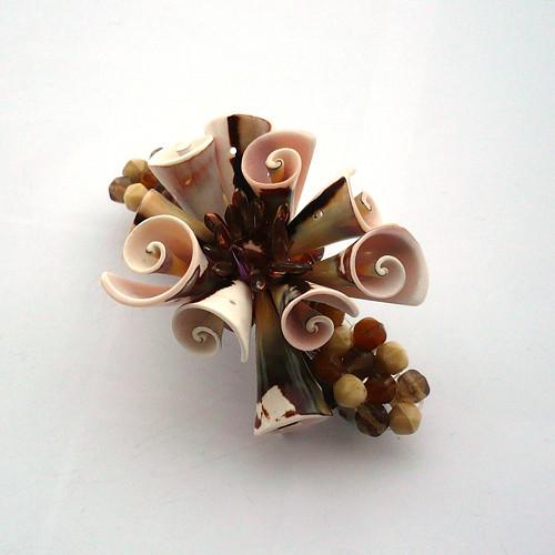 Mušličková trumpetková spona - 30% sleva