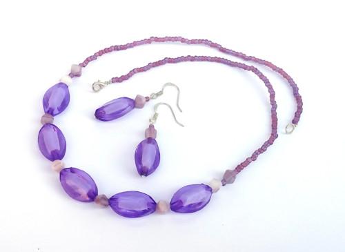 Fialový náhrdelník+naušnice zdarma