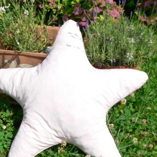 Polštář hvězda - výplň duté vlákno