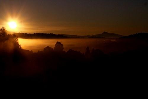 Východ slunce v Podještědí