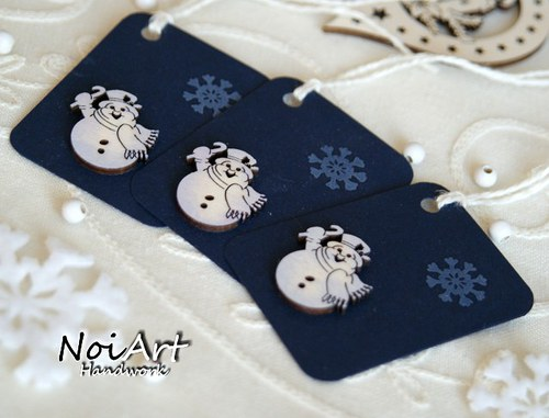 Vánoční jmenovka na dárky sněhuláček