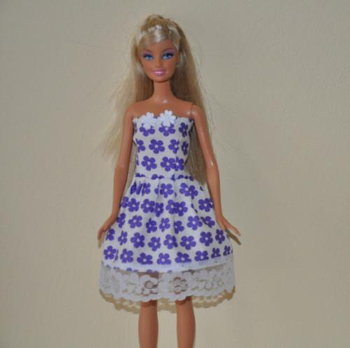 Barbie šaty 38