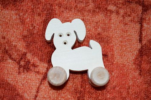pejsek - dřevěná hračka