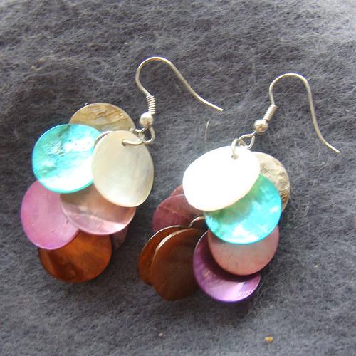 náušnice penízky z perleti barevné