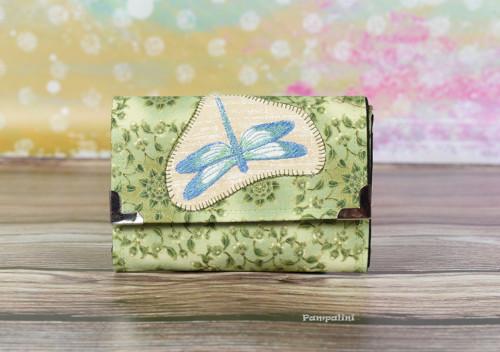 Vyšívaná peněženka - Vážka