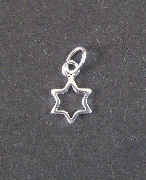 Malá hvězdička - stříbrný přívěsek