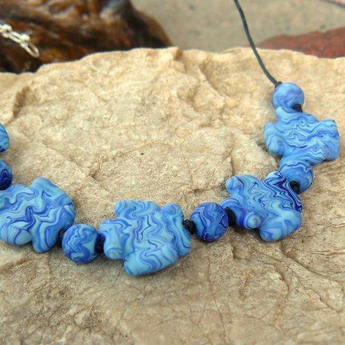 Modré kytky - matované - vinuté perle