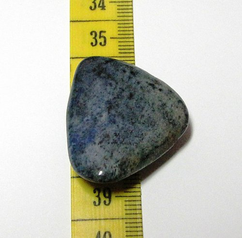 Minerál - kabošon - dumortierit