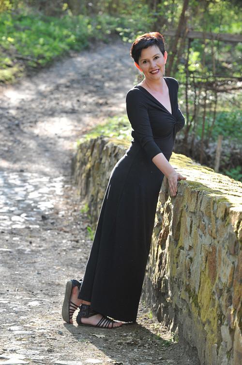 Dlouhé šaty Anett Bohyně pro dámy