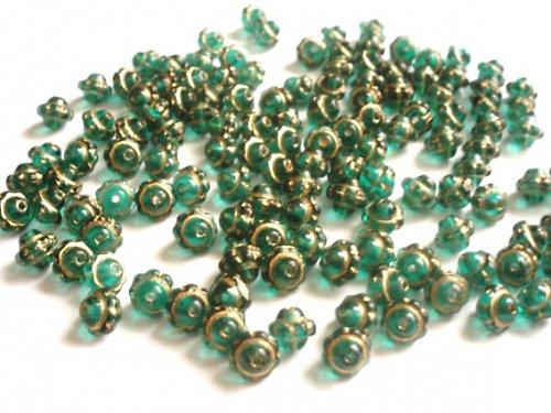 Perle zatírané emerald