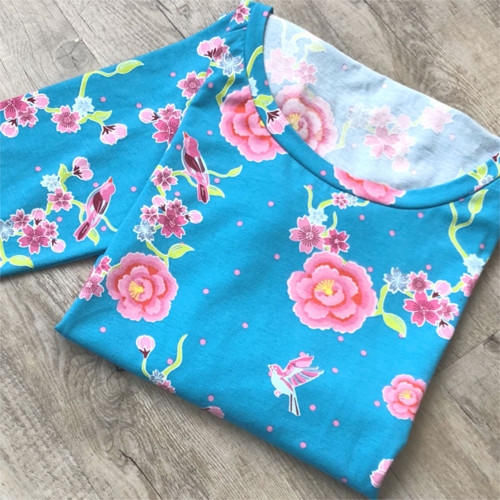 Sakura v tyrkysu - tričko na míru