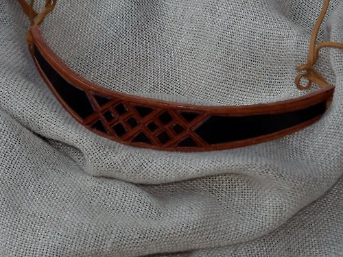 Náramek kožený řezaný 3