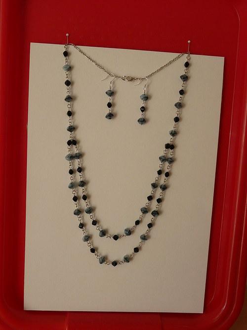 Černo-šedý náhrdelník a náušnice