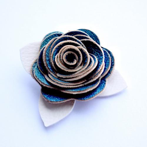 Květinová brož 04