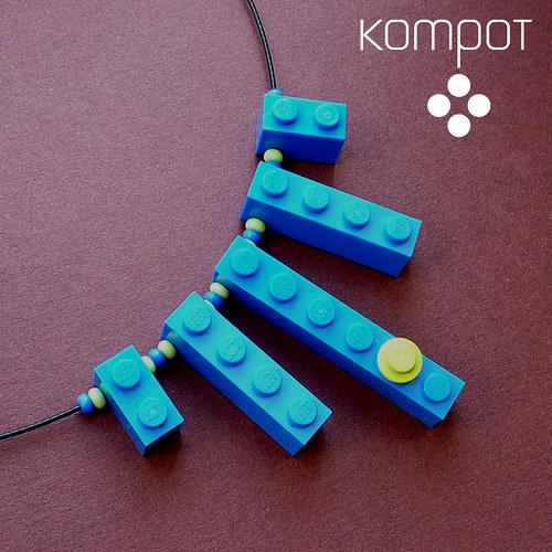 LEGO NÁHRDELNÍK - modrý