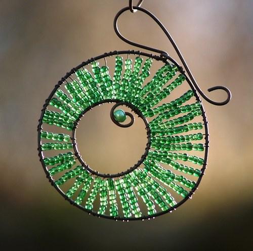 Kolečko k zavěšení zelené - 10 cm