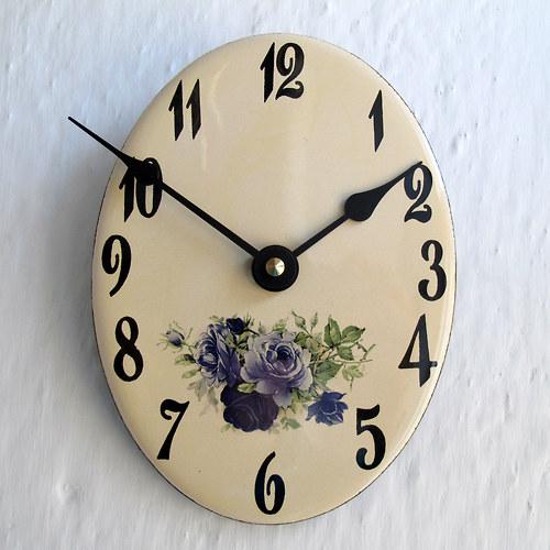 Smaltované hodiny 351
