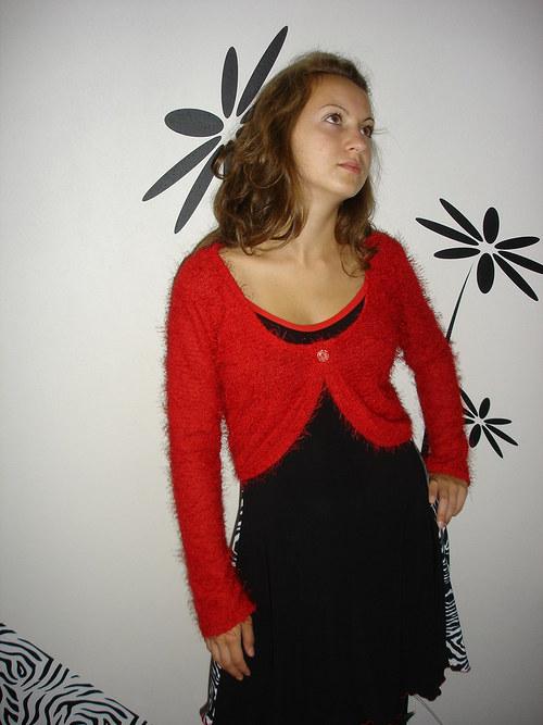 červený svetřík vel.40 SLEVA