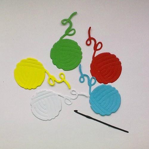 Výsek - Klubíčka a háček - barvy dle přání