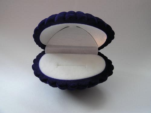 Sametová krabička na šperky - mušle modrá