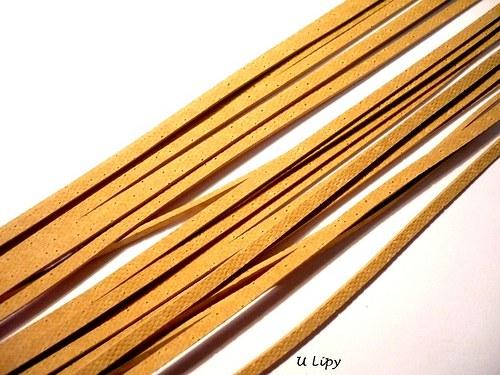 Kožený řemínek 2 mm, 110 cm - béžový