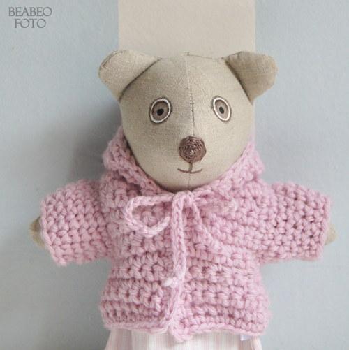 medvídě. celé růžové