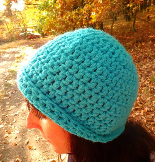 Háčkovaný klobouček Azur