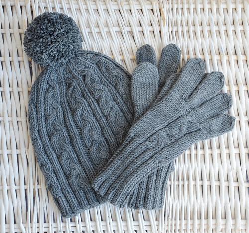 Sada: copatá čepice a prstové rukavice, Merino