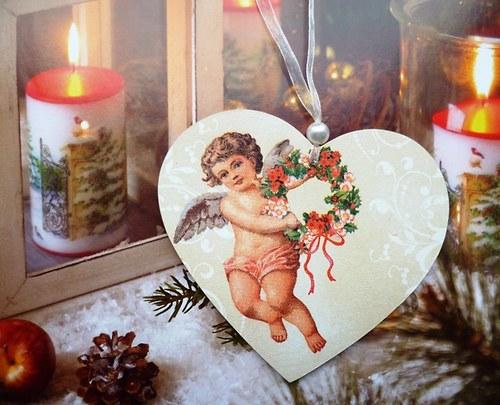 andělíček s věnečkem