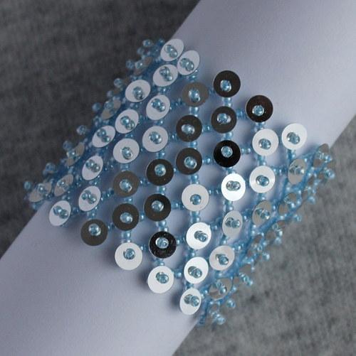 Široký náramek v modro-stříbrné