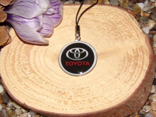 Přívěšek na klíče a tašku Toyota