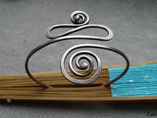 Náramek - nápažník - měděný - spirálkový