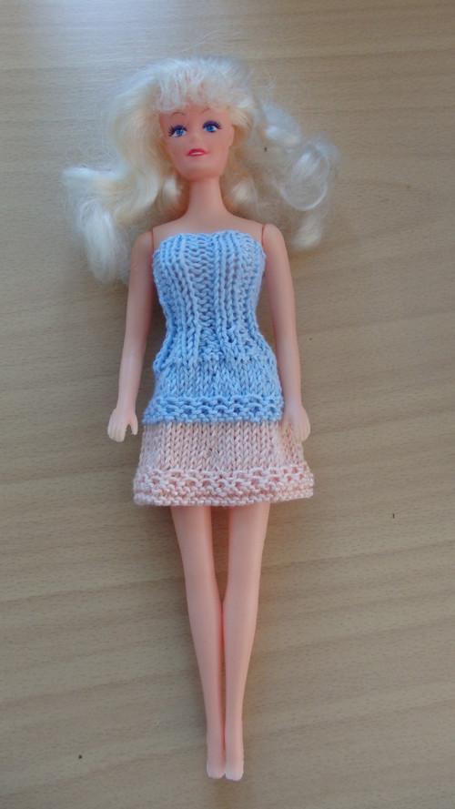 Barbie - šatečky s kanýrem