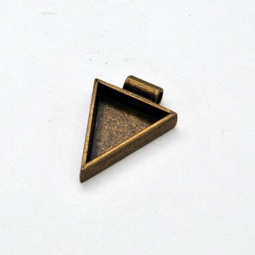 Kovový základ na přívěsek trojúhelník / zlatý
