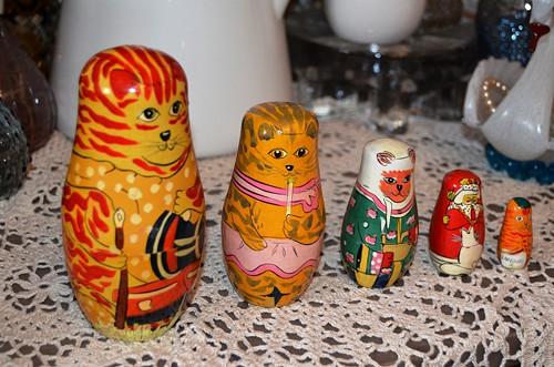 Staré ruské matrjošky kočky