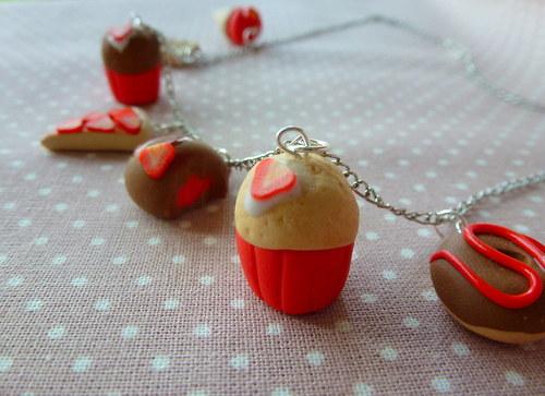 jahodový náhrdelník