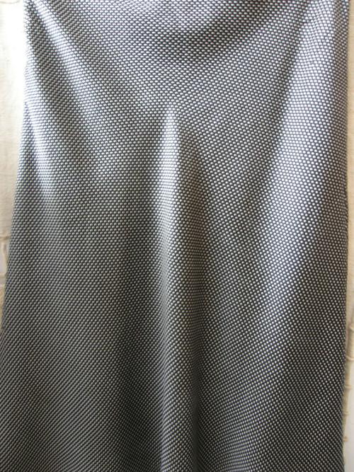 sukně z čistého hedvábí