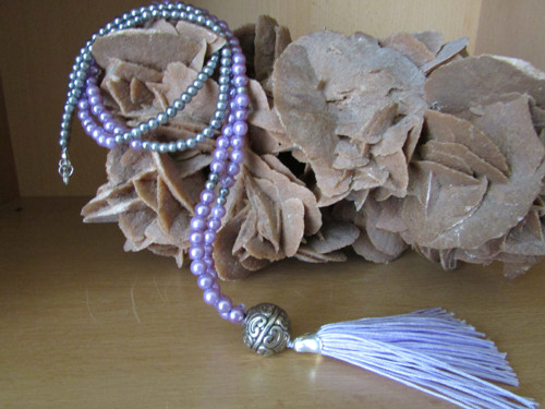 Fialovošedý dlouhý náhrdelník
