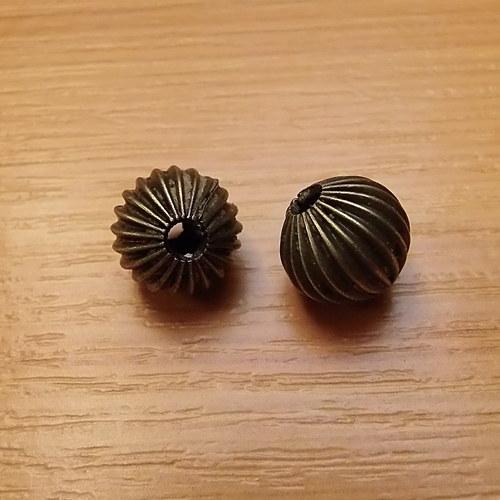 Kovový korálek  -  bronz - 10mm  - 4 kusy