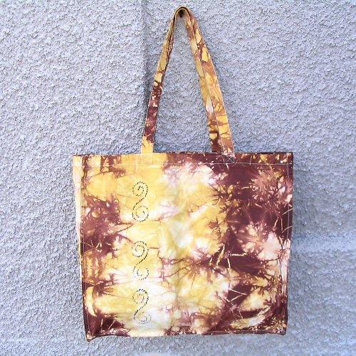 Nákupní taška hnědo-žlutá s ornamenty