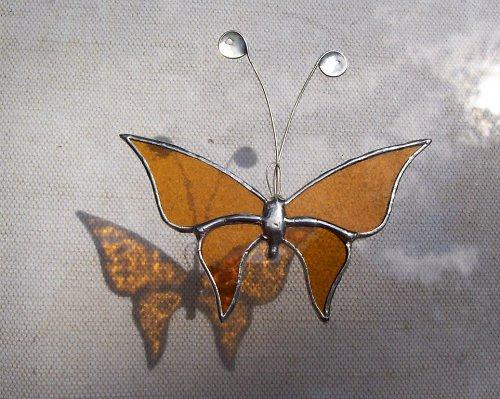 žlutý motýl jednoduchý