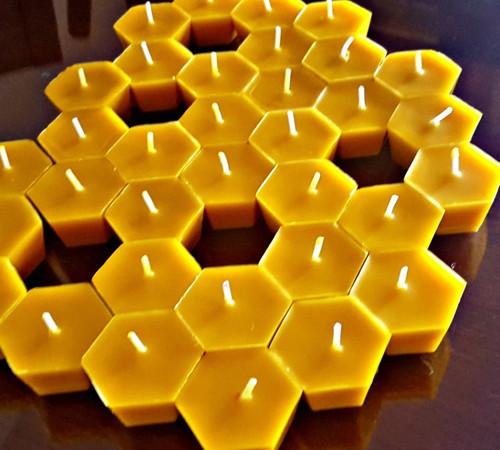 Plovoucí včelí buňky
