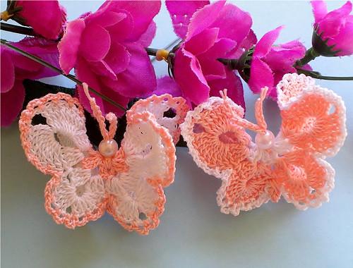 Háčkovaný motýlek- 2ks - neškrobený, broskvový