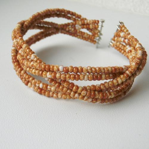 Pletený