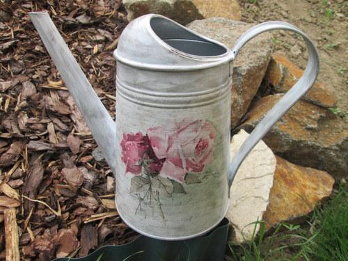 Plechová konvička - Starobyle s růží