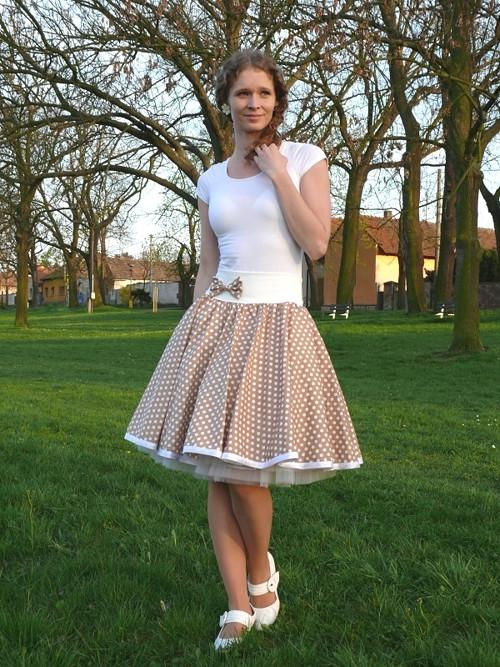 Béžová puntíkovaná sukně - SKLADEM