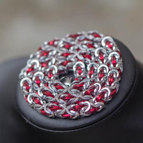 Elegant Friend - červený náhrdelník